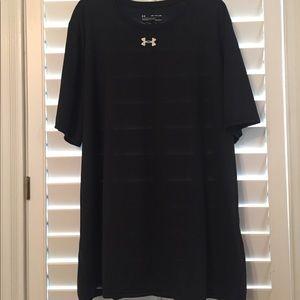 NWT Men's Black Under Armour Short Sleeve Shirt